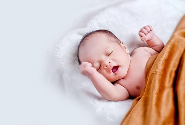 The Newborn's First Month of Life: Everything You Need to Know