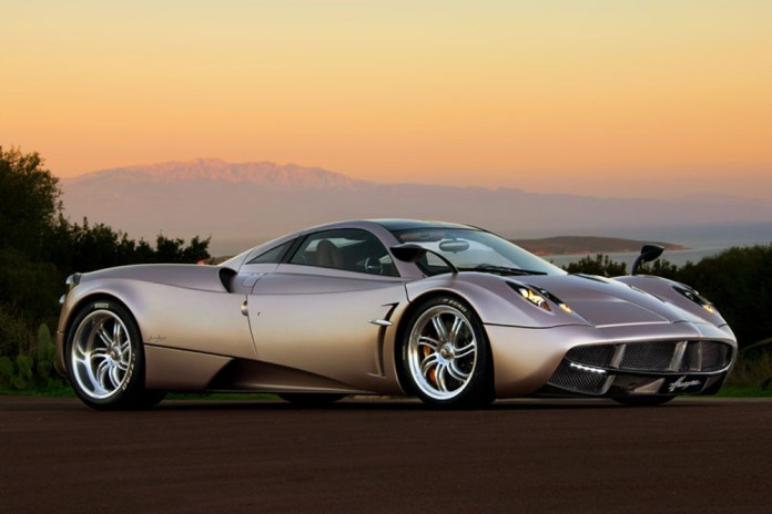 10 Fastest Cars In The World Howstuffworks