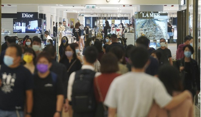 Shoppers at Harbour City in Tsim Sha Tsui. Photo: Winson Wong