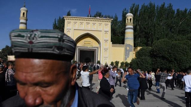 Xinjiang's vanishing mosques reflect growing pressure on China's Uygur Muslims