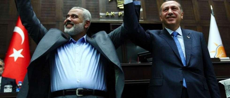 Hamas Prime Minister Ismail Haniyeh and Turkish President Recep Tayyip Erdogan on January 3, 2012 ( AFP PHOTO/ADEM ALTAN )