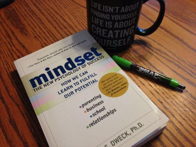 5 Buku Bagus untuk Melatih Pemikiranmu, Recommended Banget!