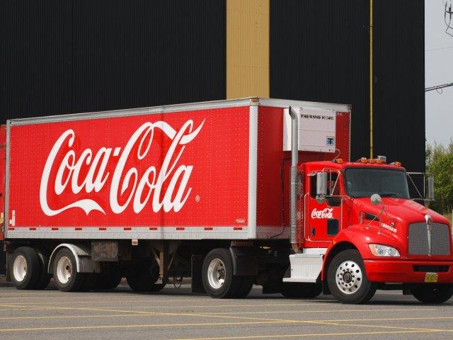 coca-cola-0105ee14feb1d2dd11ab14dde7ebf03c.jpg