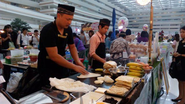 Image result for makanan halal di thailand