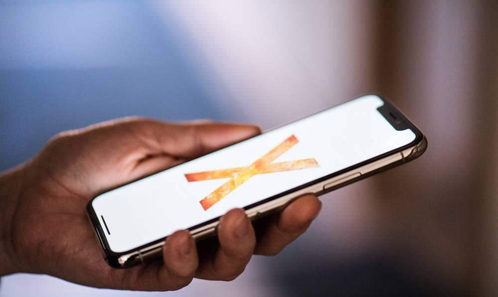 Iphone X Halfpoint Shutterstock