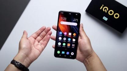 СМИ: смартфон iQOO Neo3 5G получит экран на 144 Гц