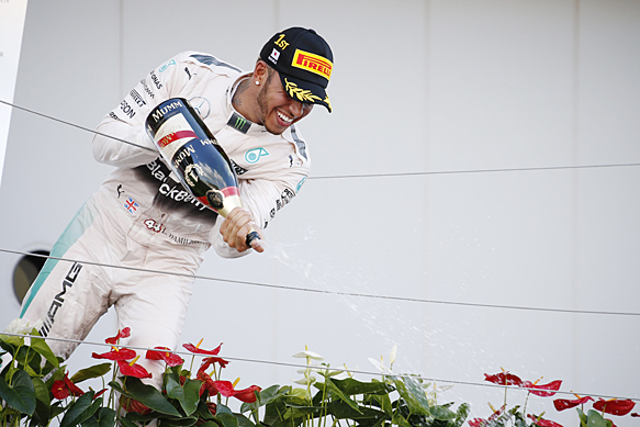 Lewis Hamilton wins Japanese GP 2015