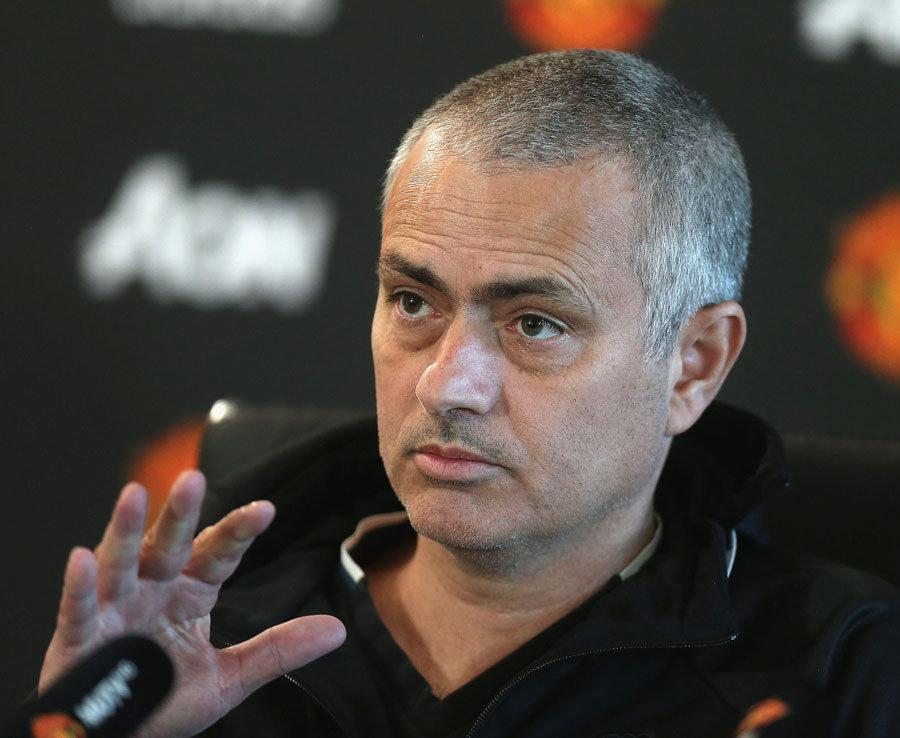 Jose Mourinho Haircut Man Utd Boss Shaves Off Hair Ahead