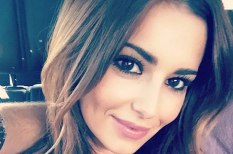 Cheryl Cole Instagram Picture Causes Frenzy As Singer Flashes Ample