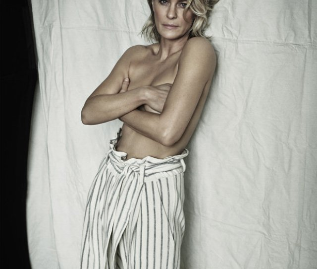 Robin Wright Topless