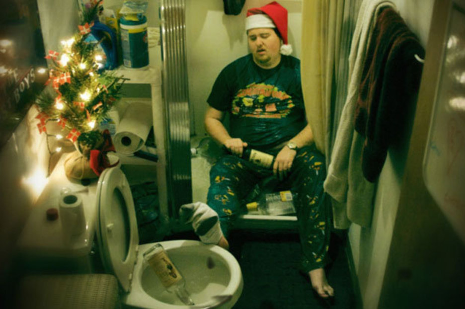 Lad Told To Sober Up And Send Xmas Cards With OUTRAGEOUS