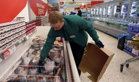 'Supermarket shelves will be emptier!' UK to face turkey shortages this Christmas