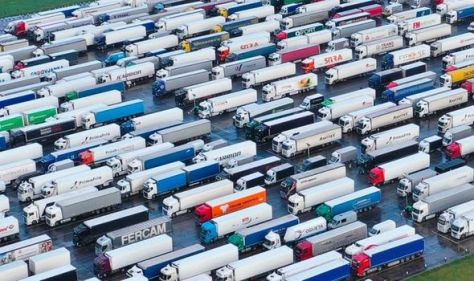 'Will not hesitate' Unite could cause Christmas chaos with largest lorry strike since 1979