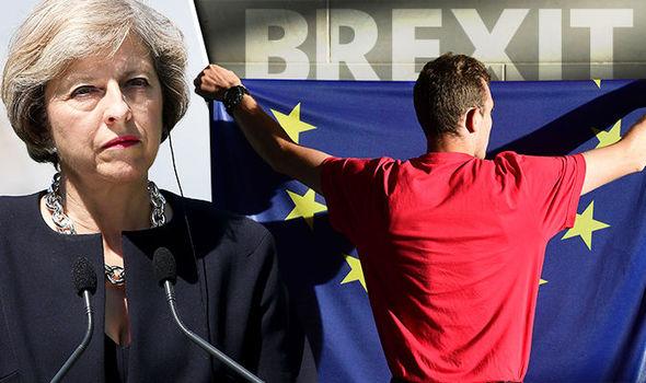 bandera, Theresa May / UE / Brexit