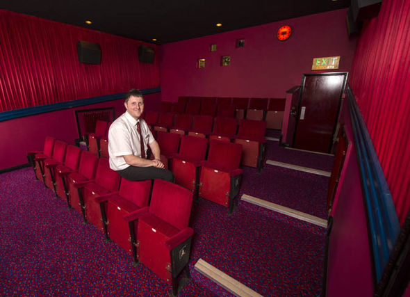 Movie Buff Builds ABC Cinema Backyard 70 Thousand Pounds