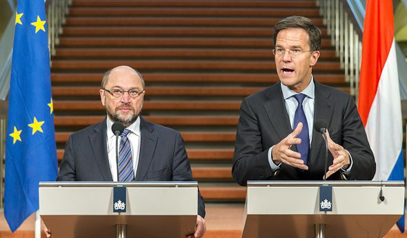 Dutch Prime Minister Mark Rutte (R) and President of the European Parliament Martin Schulz,