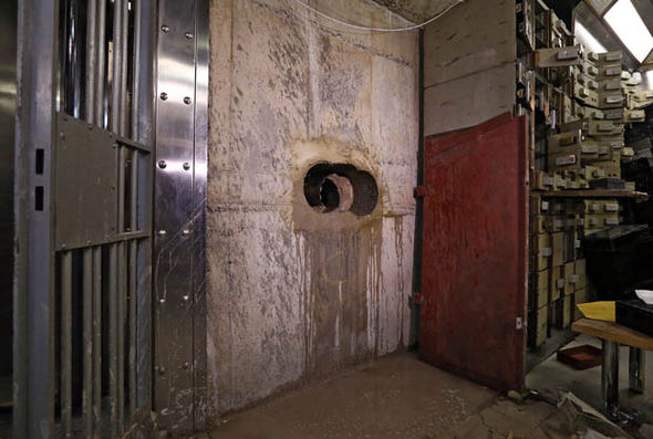 Hole in the wall of Hatton Garden safe