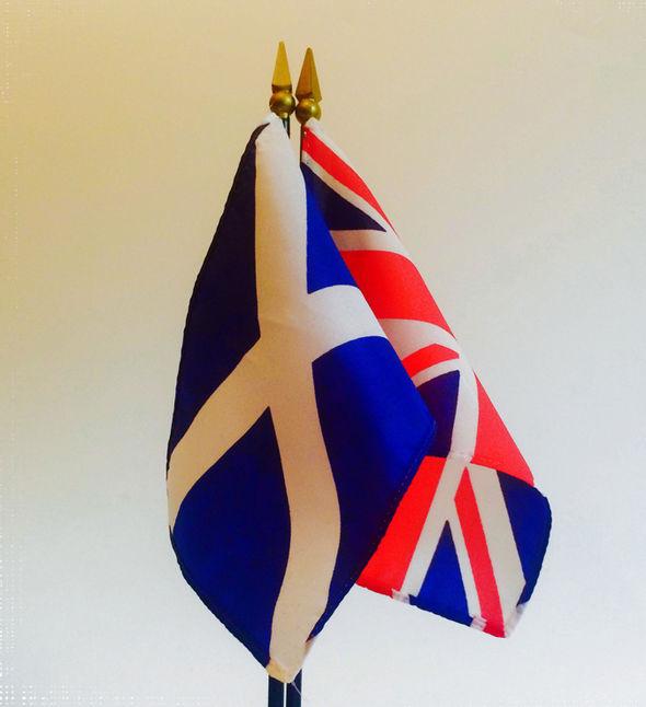 """Blair dijo que era importante que el Reino Unido sigue siendo en la UE debido a los beneficios """"estratégicas y económicas"""""""