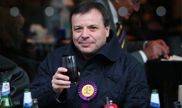 Ukip donor Arron Banks will launch the new anti-establishment site tomorrow