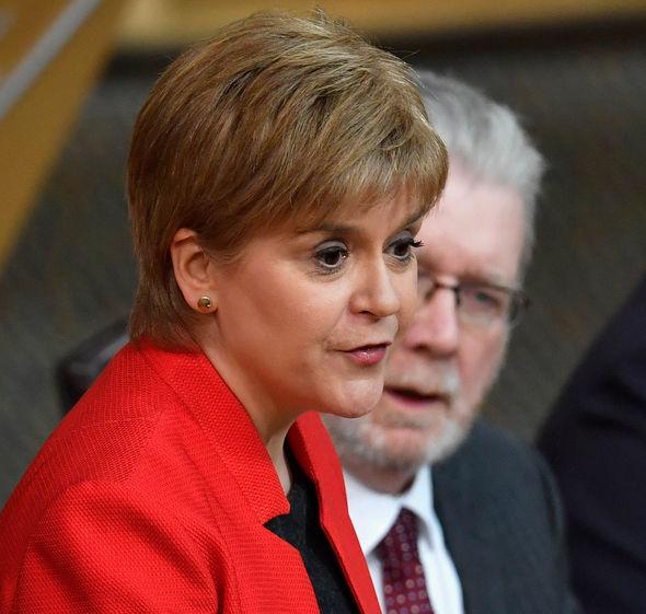 nicola sturgeon scotland independent currency referendum