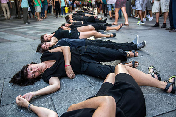 Anti-violence protest by Spanish women