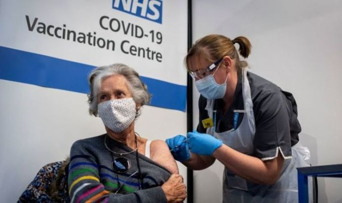 Boris 'to scrap quarantine for double-jabbed who come into contact with Covid'