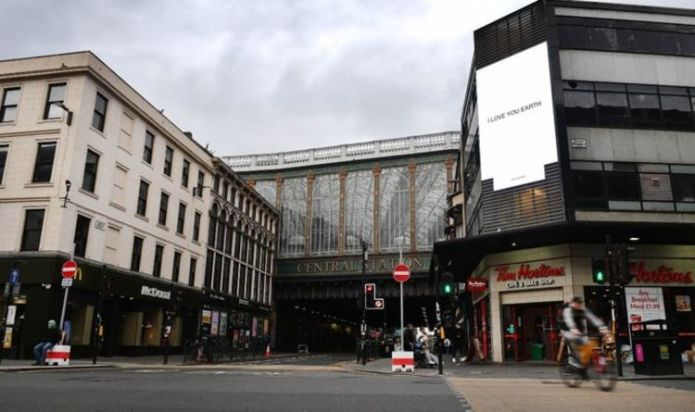 Glasgow Central Station placed on lockdown after 'stabbing'
