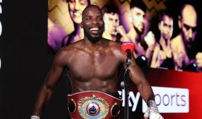 Lawrence Okolie wins cruiserweight world title with brutal stoppage of Krzysztof Glowacki