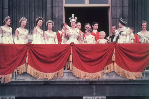 Queen Elizabeth II's coronation: Royals on the balcony