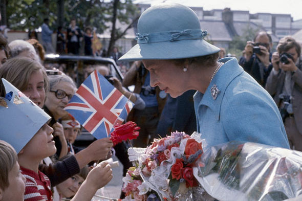 The Queen meets children
