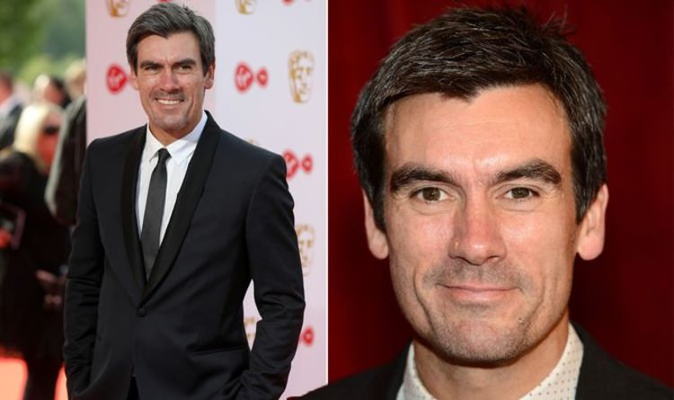 1128183 Jeff Hordley health: Emmerdale star quit smoking to keep hidden condition in check
