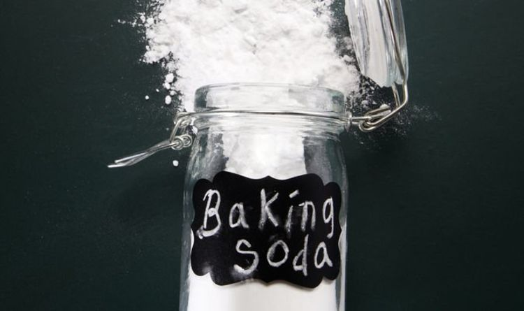 Can you use baking powder for heartburn? Four health benefits and three drawbacks