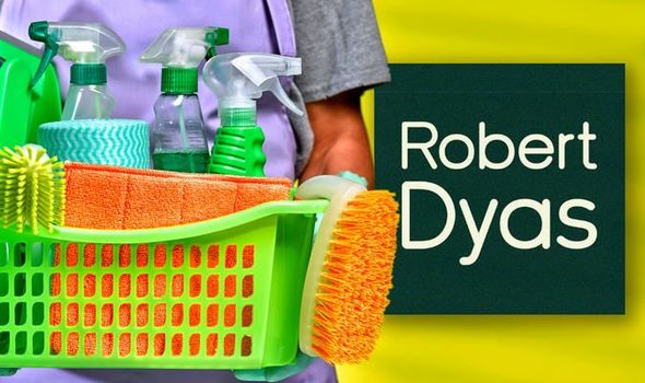 50% slashed off cleaning essentials during the Robert Dyas Autumn mega sale