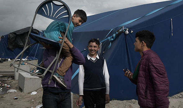 Unaccompanied child refugees in Calais