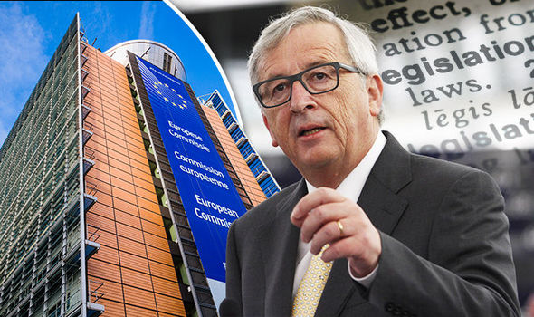 Jean-Claude Juncker and Martin Schulz