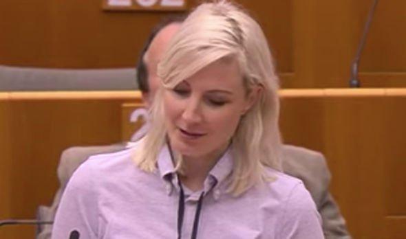 Laura Huhtasaari