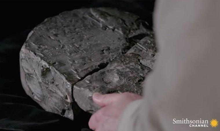 Historia antigua: La losa se había mantenido en una colección privada antes de ser descifrada