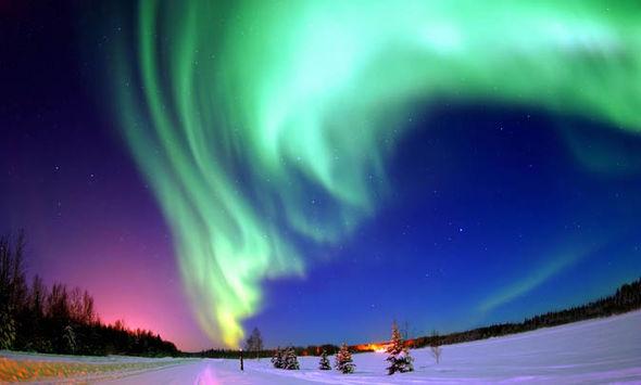 Chances Seeing Northern Lights Iceland Tonight
