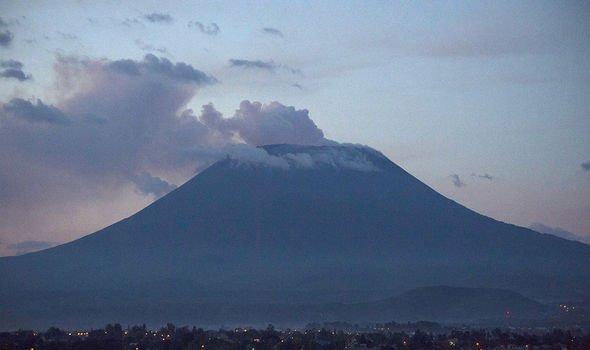 Volcano news: Wide view of Nyiragongo volcanp