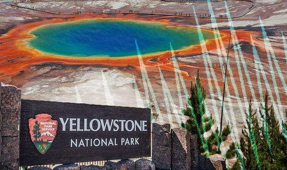 Yellowstone volcano: Yellowstone National Park sign