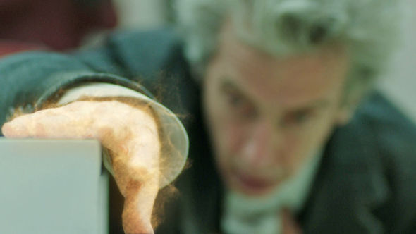 Doctor Who spoiler Will the Doctor regenerate after Bill fires the gun?