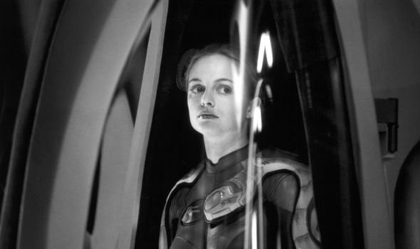 Heather Graham in Lost in Space