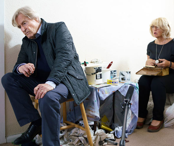 Denise returns to find that her son has kidnapped his father Ken Barlow