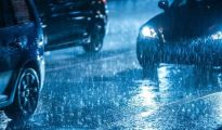 Drivers may very well be fined £5,000 and lose management of their automotive in the event that they do that within the rain 1192007 1