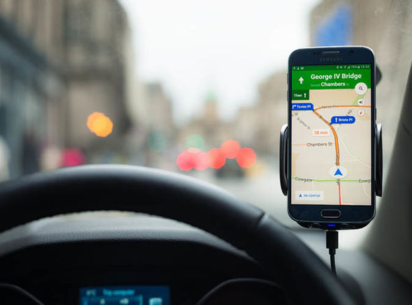 Mobile phone satnav