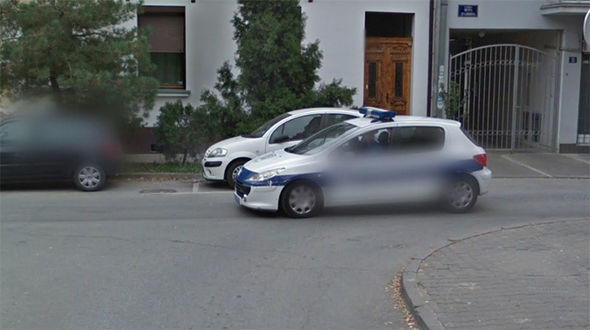 Google Maps Street View police criminal chase