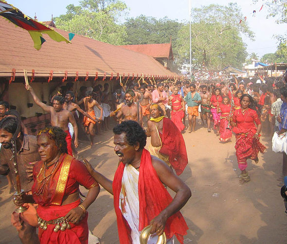 Thalappoli Festival