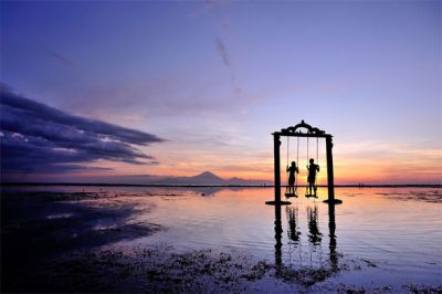 How SAFE is Indonesia? Travel update after tourists' walk ...
