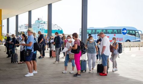 UK travel fury as Germans flock to Mallorca - 'we expect an explanation'