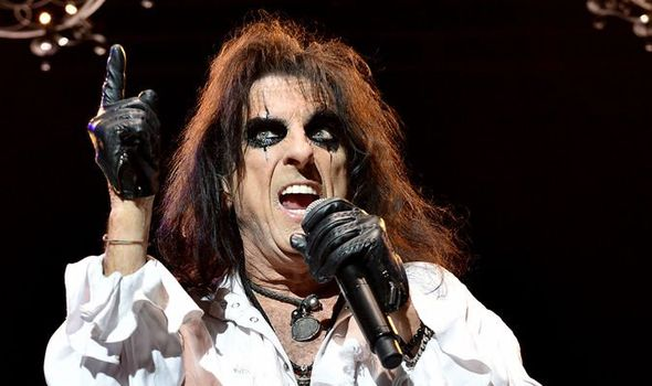 Alice Cooper assessment: Legendary star delivers a rock masterclass at Leeds Enviornment 1189074 1